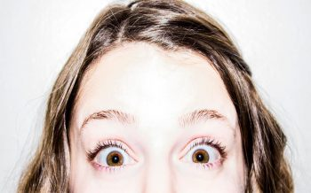 Cómo evitar las arrugas en los ojos